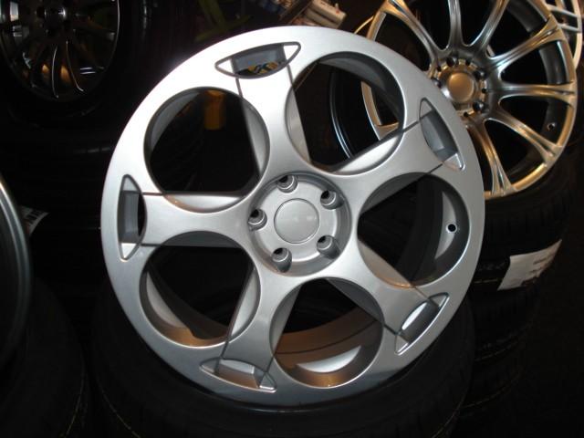 Velgenzilver silver star 400 ml auto 39 s spuiten producten for Auto interieur spuiten